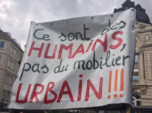 humains pas mobilier